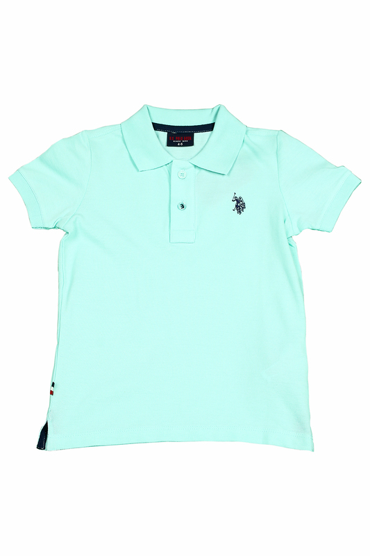 Футболка U.S. Polo Assn.Футболка<br><br>Размер INT: 8-9<br>Размер RU: 128-134<br>brand_id: 43575<br>category_str_var: Odezhda-odezhda-dlja-malchikov-polo<br>category_url: Odezhda/odezhda-dlja-malchikov/polo<br>is_new: 0<br>param_1: None<br>param_2: None<br>season_autumn: 0<br>season_spring: 0<br>season_summer: 0<br>season_winter: 0<br>Возраст: Детский<br>Пол: Мужской<br>Стиль: None<br>Тэг: None<br>Цвет: Vr083 зеленый<br>custom_param_1: None<br>custom_param_2: None