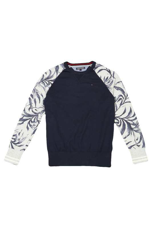 Джемпер Tommy Hilfiger kidsДжемпер<br><br>Размер INT: 12<br>Размер RU: 152<br>brand_id: 28486<br>category_str_var: Odezhda-odezhda-dlja-malchikov-svitery<br>category_url: Odezhda/odezhda-dlja-malchikov/svitery<br>is_new: 0<br>param_1: None<br>param_2: None<br>season_autumn: 1<br>season_spring: 1<br>season_summer: 1<br>season_winter: 1<br>Возраст: Детский<br>Пол: Мужской<br>Стиль: None<br>Тэг: None<br>Цвет: Синий<br>custom_param_1: None<br>custom_param_2: None