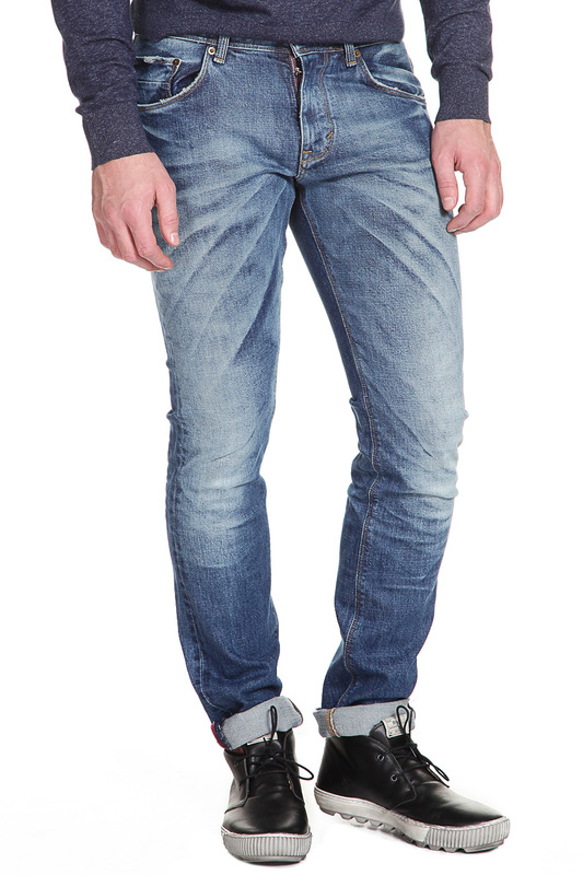 Джинсы Tommy HilfigerДжинсы<br><br>Размер INT: 35-36<br>Размер RU: 35-36<br>brand_id: 38<br>category_str_var: Odezhda-muzhskaia-dzhinsy<br>category_url: Odezhda/muzhskaia/dzhinsy<br>is_new: 0<br>param_1: None<br>param_2: None<br>season_autumn: 1<br>season_spring: 1<br>season_summer: 1<br>season_winter: 1<br>Возраст: Взрослый<br>Пол: Мужской<br>Стиль: None<br>Тэг: None<br>Цвет: Rocafort worn<br>custom_param_1: None<br>custom_param_2: None