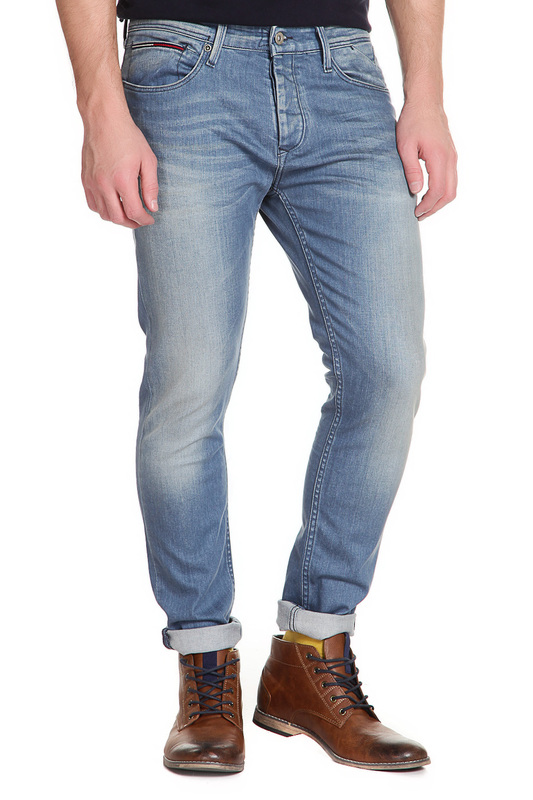 Джинсы Tommy HilfigerДжинсы<br><br>Размер INT: 33-30<br>Размер RU: 33-30<br>brand_id: 38<br>category_str_var: Odezhda-muzhskaia-dzhinsy<br>category_url: Odezhda/muzhskaia/dzhinsy<br>is_new: 0<br>param_1: None<br>param_2: None<br>season_autumn: 1<br>season_spring: 1<br>season_summer: 1<br>season_winter: 1<br>Возраст: Взрослый<br>Пол: Мужской<br>Стиль: None<br>Тэг: None<br>Цвет: Powder blue comfort<br>custom_param_1: None<br>custom_param_2: None