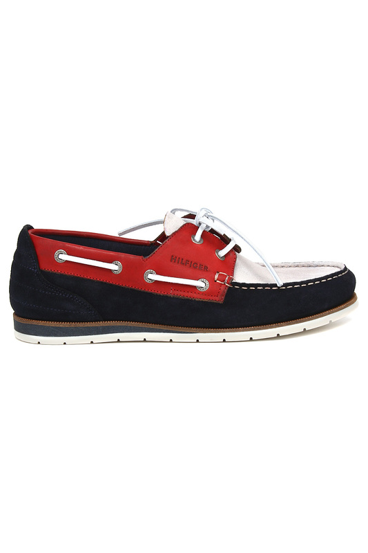 Мокасины Tommy HilfigerМокасины<br><br>Размер INT: 45<br>Размер RU: 45<br>brand_id: 38<br>category_str_var: Obuv-muzhskaia-mokasiny<br>category_url: Obuv/muzhskaia/mokasiny<br>is_new: 0<br>param_1: None<br>param_2: None<br>season_autumn: 1<br>season_spring: 1<br>season_summer: 1<br>season_winter: 1<br>Возраст: Взрослый<br>Пол: Мужской<br>Стиль: None<br>Тэг: None<br>Цвет: Красный, белый, синий<br>custom_param_1: None<br>custom_param_2: None