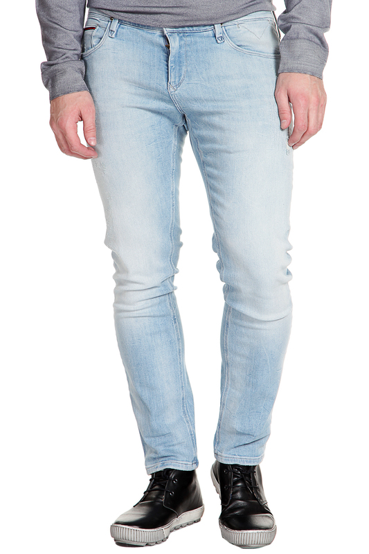 Джинсы Tommy HilfigerДжинсы<br><br>Размер INT: 32-30<br>Размер RU: 32-30<br>brand_id: 38<br>category_str_var: Odezhda-muzhskaia-dzhinsy<br>category_url: Odezhda/muzhskaia/dzhinsy<br>is_new: 0<br>param_1: None<br>param_2: None<br>season_autumn: 0<br>season_spring: 0<br>season_summer: 1<br>season_winter: 0<br>Возраст: Взрослый<br>Пол: Мужской<br>Стиль: None<br>Тэг: None<br>Цвет: Light sky blue comfort<br>custom_param_1: None<br>custom_param_2: None