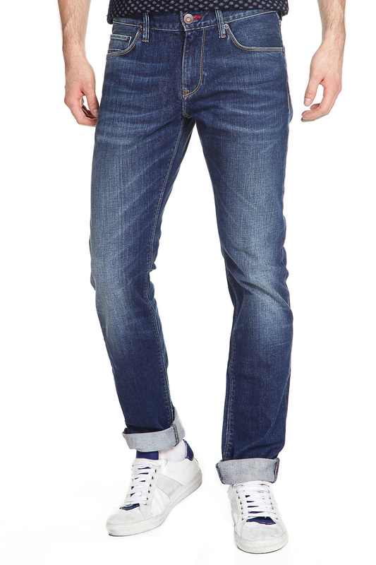 Джинсы Tommy HilfigerДжинсы<br><br>Размер INT: 34-34<br>Размер RU: 50<br>brand_id: 38<br>category_str_var: Odezhda-muzhskaia-dzhinsy<br>category_url: Odezhda/muzhskaia/dzhinsy<br>is_new: 0<br>param_1: None<br>param_2: None<br>season_autumn: 1<br>season_spring: 1<br>season_summer: 1<br>season_winter: 1<br>Возраст: Взрослый<br>Пол: Мужской<br>Стиль: None<br>Тэг: Джинсы стрейч, Джинсы прямые<br>Цвет: Bluffs indigo<br>custom_param_1: None<br>custom_param_2: None