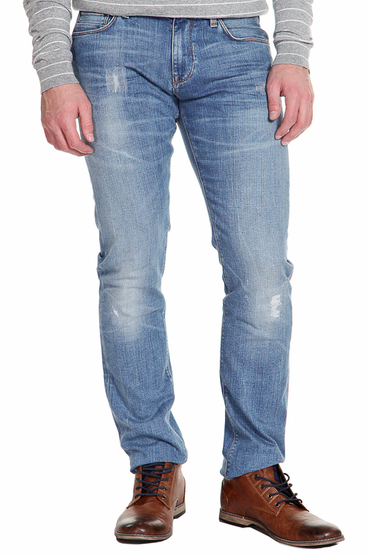 Джинсы Tommy HilfigerДжинсы<br><br>Размер INT: 40-32<br>Размер RU: 56<br>brand_id: 38<br>category_str_var: Odezhda-muzhskaia-dzhinsy<br>category_url: Odezhda/muzhskaia/dzhinsy<br>is_new: 0<br>param_1: None<br>param_2: None<br>season_autumn: 1<br>season_spring: 1<br>season_summer: 1<br>season_winter: 1<br>Возраст: Взрослый<br>Пол: Мужской<br>Стиль: None<br>Тэг: None<br>Цвет: Little bay worn<br>custom_param_1: None<br>custom_param_2: None