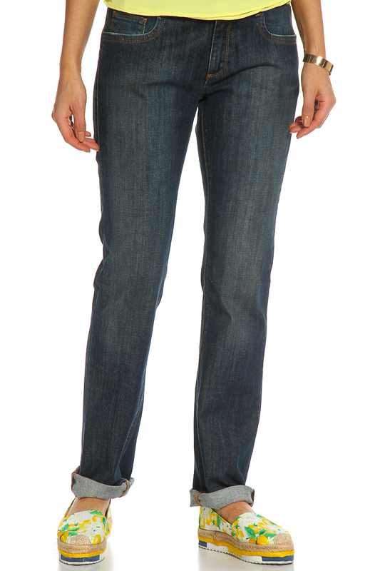 Джинсы Trussardi JeansДжинсы<br><br>Размер INT: 26<br>Размер RU: 42<br>brand_id: 155<br>category_str_var: Odezhda-zhenskaia-dzhinsy<br>category_url: Odezhda/zhenskaia/dzhinsy<br>is_new: 0<br>param_1: None<br>param_2: None<br>season_autumn: 1<br>season_spring: 1<br>season_summer: 1<br>season_winter: 1<br>Возраст: Взрослый<br>Пол: Женский<br>Стиль: None<br>Тэг: None<br>Цвет: Синий<br>custom_param_1: None<br>custom_param_2: None