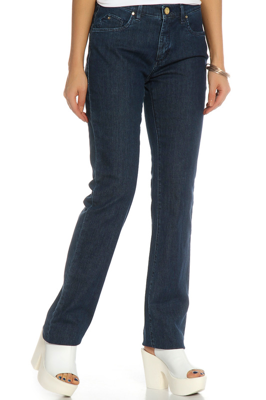 Джинсы Trussardi JeansДжинсы<br><br>Размер INT: 30<br>Размер RU: 46<br>brand_id: 155<br>category_str_var: Odezhda-zhenskaia-dzhinsy<br>category_url: Odezhda/zhenskaia/dzhinsy<br>is_new: 0<br>param_1: None<br>param_2: None<br>season_autumn: 0<br>season_spring: 0<br>season_summer: 0<br>season_winter: 0<br>Возраст: Взрослый<br>Пол: Женский<br>Стиль: None<br>Тэг: None<br>Цвет: Темно-синий<br>custom_param_1: None<br>custom_param_2: None