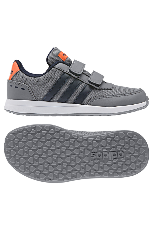 Кроссовки спортивные adidasКроссовки спортивные<br><br>Размер RU: 33<br>brand_id: 612<br>category_str_var: Obuv-obuv-dlja-devochek-krossovki<br>category_url: Obuv/obuv-dlja-devochek/krossovki<br>is_new: 0<br>param_1: 1<br>param_2: None<br>season_autumn: 1<br>season_spring: 1<br>season_summer: 1<br>season_winter: 1<br>Возраст: Детский<br>Пол: Женский<br>Стиль: None<br>Тэг: None<br>Цвет: Серый<br>custom_param_1: None<br>custom_param_2: None<br>Школьная форма: None