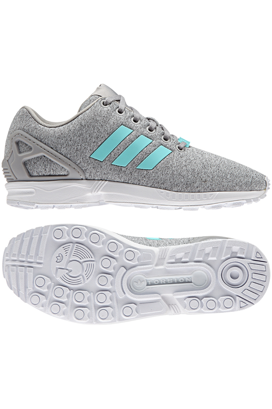 Кроссовки adidasКроссовки<br><br>Размер RU: 4<br>brand_id: 612<br>category_str_var: Obuv-zhenskaia-krossovki<br>category_url: Obuv/zhenskaia/krossovki<br>is_new: 0<br>param_1: 1<br>param_2: None<br>season_autumn: 1<br>season_spring: 1<br>season_summer: 1<br>season_winter: 1<br>Возраст: Взрослый<br>Пол: Женский<br>Стиль: None<br>Тэг: None<br>Цвет: Серый<br>custom_param_1: None<br>custom_param_2: None<br>Школьная форма: None