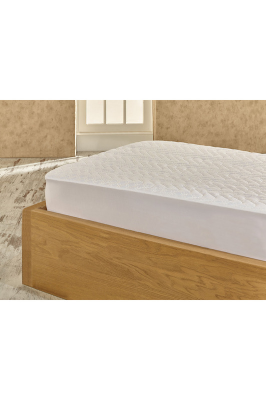 BED PROTECTOR Marie claire
