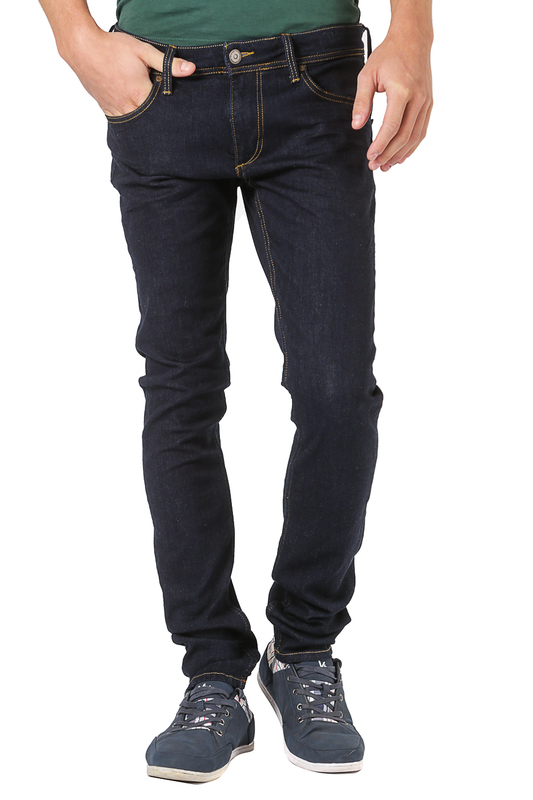 Джинсы CROSS JEANSДжинсы<br><br>Размер INT: 31-32<br>Размер RU: 46-48<br>brand_id: 41642<br>category_str_var: Odezhda-muzhskaia-dzhinsy<br>category_url: Odezhda/muzhskaia/dzhinsy<br>is_new: 0<br>param_1: None<br>param_2: None<br>season_autumn: 0<br>season_spring: 0<br>season_summer: 0<br>season_winter: 0<br>Возраст: Взрослый<br>Пол: Мужской<br>Стиль: None<br>Тэг: None<br>Цвет: Dark blue<br>custom_param_1: None<br>custom_param_2: None