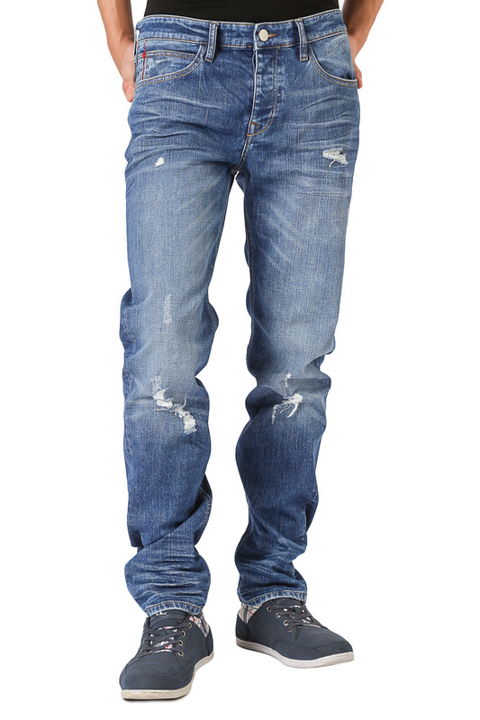 Джинсы CROSS JEANSДжинсы<br><br>Размер INT: 32-32<br>Размер RU: 48<br>brand_id: 41642<br>category_str_var: Odezhda-muzhskaia-dzhinsy<br>category_url: Odezhda/muzhskaia/dzhinsy<br>is_new: 0<br>param_1: None<br>param_2: None<br>season_autumn: 0<br>season_spring: 0<br>season_summer: 0<br>season_winter: 0<br>Возраст: Взрослый<br>Пол: Мужской<br>Стиль: None<br>Тэг: None<br>Цвет: Blue<br>custom_param_1: None<br>custom_param_2: None