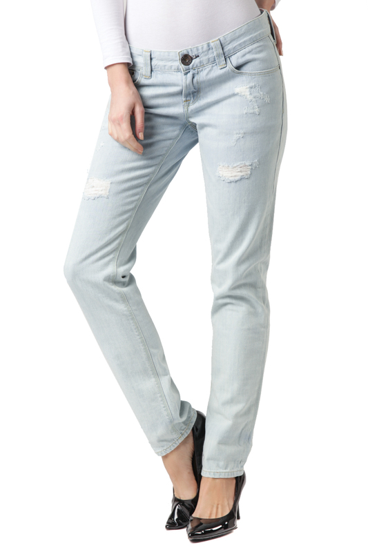 Джинсы CROSS JEANSДжинсы<br><br>Размер INT: 28-32<br>Размер RU: 44<br>brand_id: 41642<br>category_str_var: Odezhda-zhenskaia-dzhinsy<br>category_url: Odezhda/zhenskaia/dzhinsy<br>is_new: 0<br>param_1: None<br>param_2: None<br>season_autumn: 0<br>season_spring: 0<br>season_summer: 0<br>season_winter: 0<br>Возраст: Взрослый<br>Пол: Женский<br>Стиль: None<br>Тэг: None<br>Цвет: Light blue<br>custom_param_1: None<br>custom_param_2: None