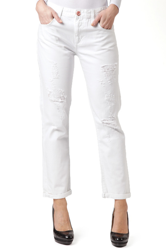 Джинсы CROSS JEANSДжинсы<br><br>Размер INT: 32-32<br>Размер RU: 48<br>brand_id: 41642<br>category_str_var: Odezhda-zhenskaia-dzhinsy<br>category_url: Odezhda/zhenskaia/dzhinsy<br>is_new: 0<br>param_1: None<br>param_2: None<br>season_autumn: 0<br>season_spring: 0<br>season_summer: 0<br>season_winter: 0<br>Возраст: Взрослый<br>Пол: Женский<br>Стиль: None<br>Тэг: None<br>Цвет: White<br>custom_param_1: None<br>custom_param_2: None