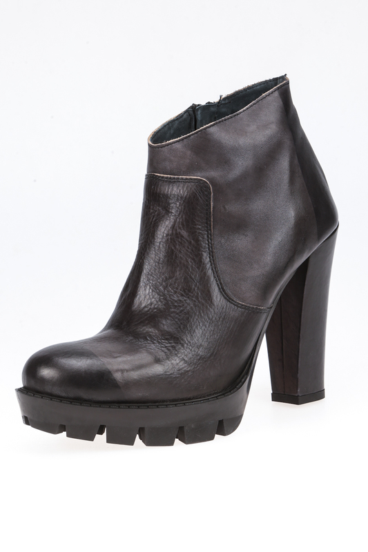 ankle boots AVAILABLE