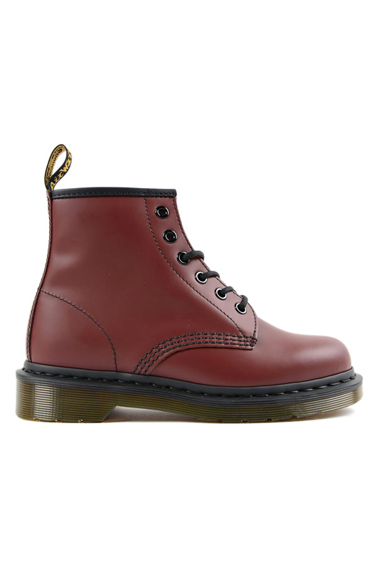 shoes classic Dr. Martens shoes classic комплекс dr clear 15мл 10мл the skin house комплекс dr clear 15мл 10мл
