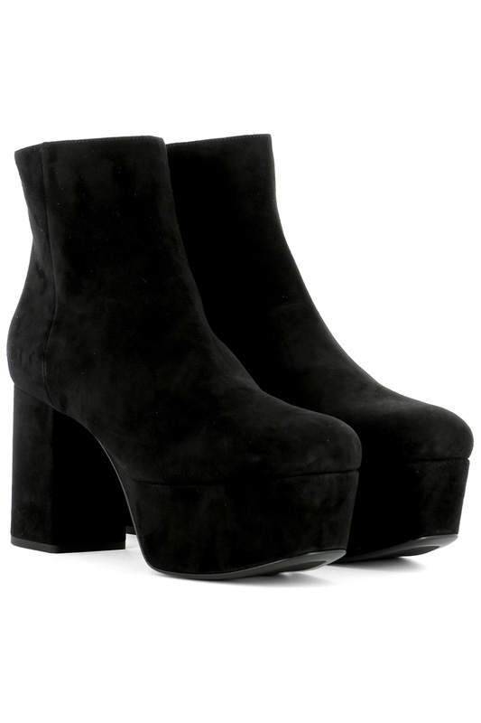 Boots & booties Prada 1° Linea Boots & booties man in black edp 30 мл bvlgari man in black edp 30 мл