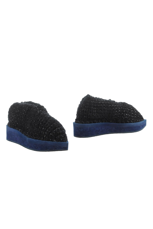 Slippers ARIELLE DE PINTO Slippers одеяло солнечный лен 200х210 daily by t одеяло солнечный лен 200х210