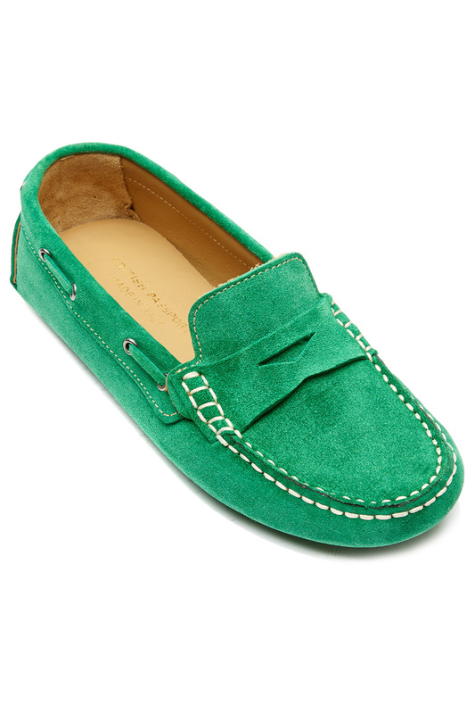 moccasins BRITISH PASSPORT