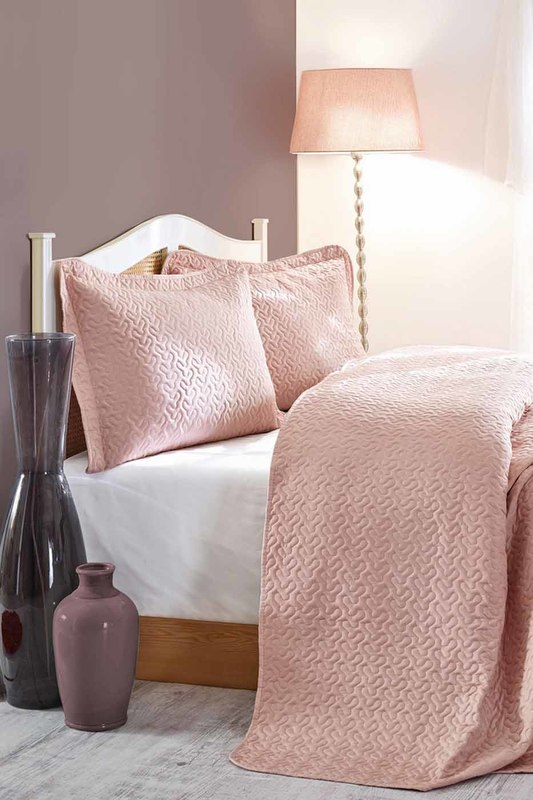 Фото - double quilted bedspread set Cotton box double quilted bedspread set quilted metallic chain bag