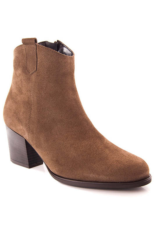 ankle boots Clara Garcia ankle boots velvet block heeled ankle boots