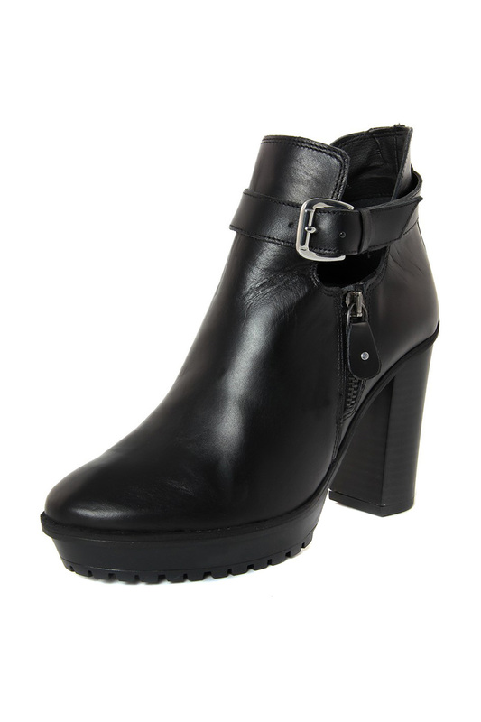 ankle boots BLUETAG